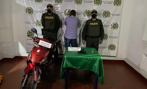 Adulto detenido por porte de armas en San Agustín