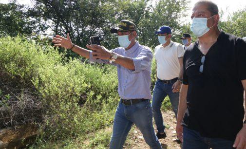 Alcalde recorrió lote junto con el Gobernador, donde se construirán 5.000 viviendas