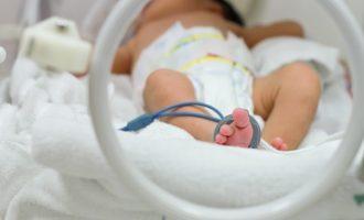 Insólito: nace bebé con tres penes en Irak