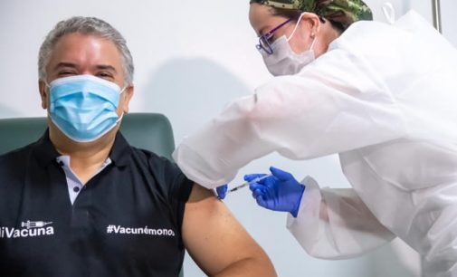 Presidente ya se vacunó contra el COVID 19