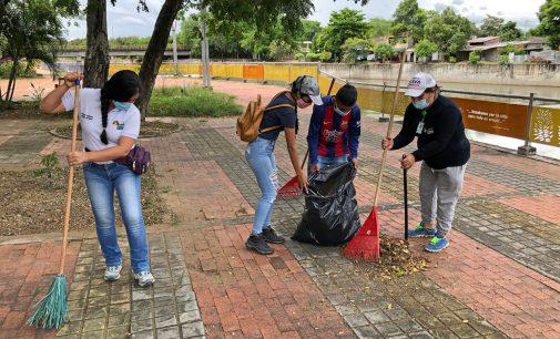 Campaña de ornato en Parque Ronda Río Las Ceibas
